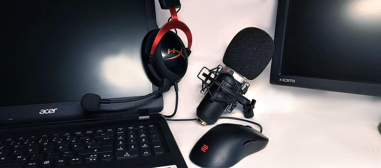 Foto Maus, Mikrophon, Headset, Laptop